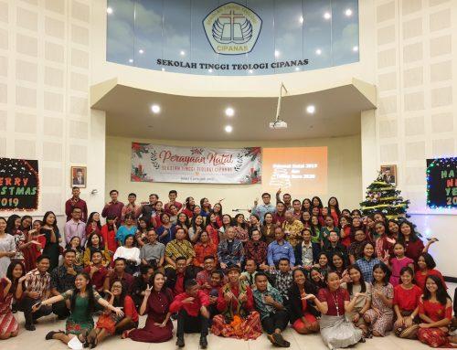 Ibadah Natal dan Pembukaan Semester